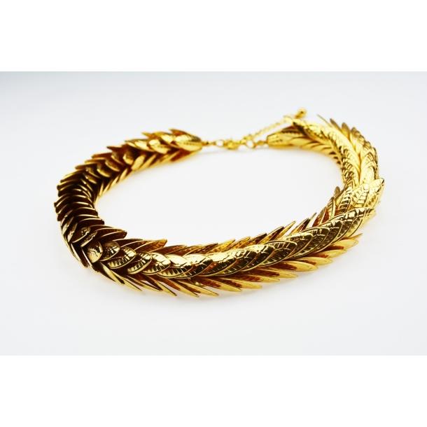 Halskæde med guld blade